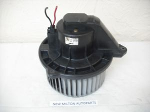 A GENUINE JEEP GRAND CHEROKEE WJ  HEATER FAN BLOWER MOTOR  70113 1061B   AY166100-0320